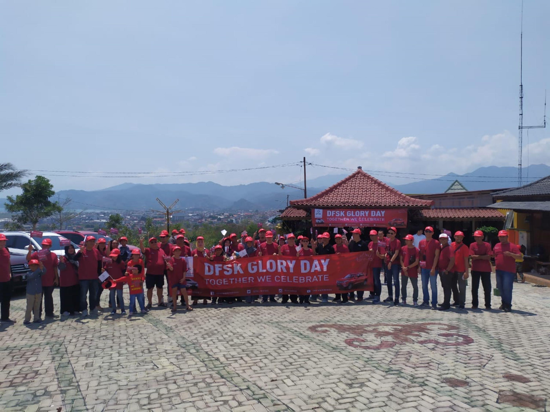 Konsumen DFSK Lampung Berpesta di Glory Day